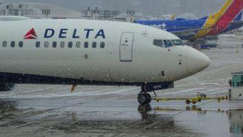 Un Boeing 737 Max sur le tarmac de l'aéroport General Mitchel à Milwaukee aux Etats Unis