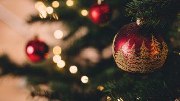 Plus les enfants grandissent et plus ils réclament de l'argent aux parents au lieu d'un cadeau, à Noël.