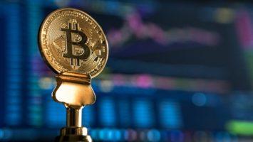 Une pièce de Bitcoin, la monnaie numérique la plus utilisée au monde.